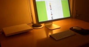 Monitor u obliku jabuke