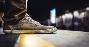 [Kratko] Hipik s jednom cipelom